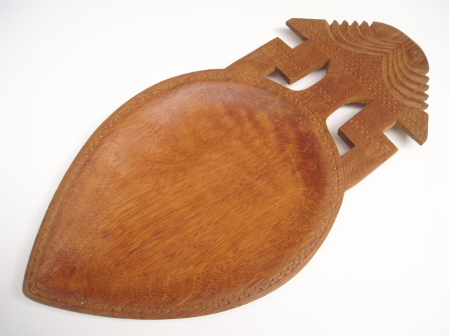 TRIBAL-WOODEN-CARVED-PLATTER-BOWL